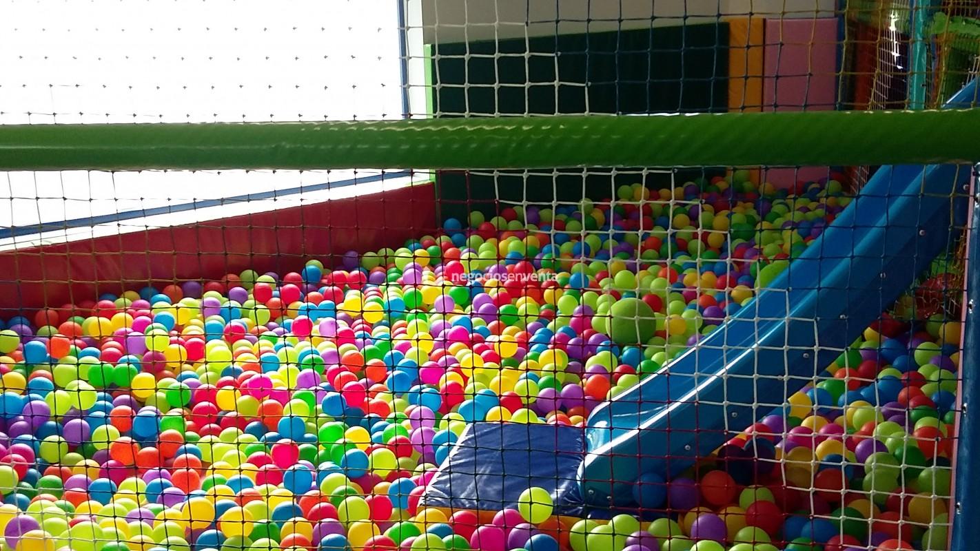 Traspaso de negocios traspaso parque de bolas infantil for Alquiler parque de bolas
